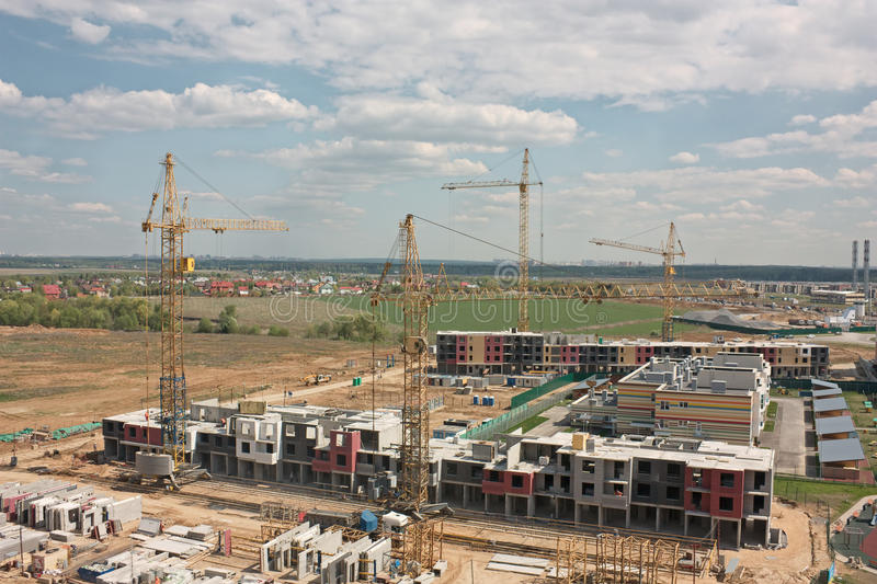Microdistrict de la construcción de la nueva central de Vatutinki foto de archivo