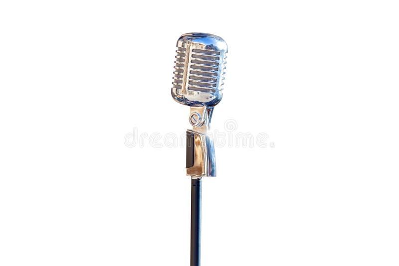 Microfone de prata do vintage isolado no fundo branco imagens de stock royalty free