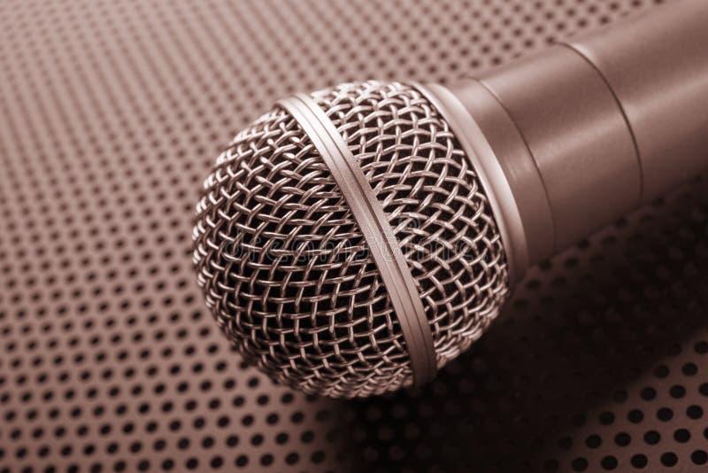 Microfone dinâmico clássico foto de stock