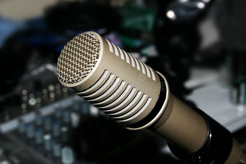 Microfone e misturador fotografia de stock