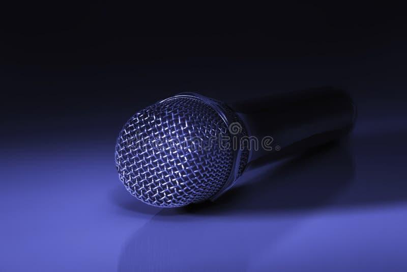 Microfone metálico preto foto de stock royalty free