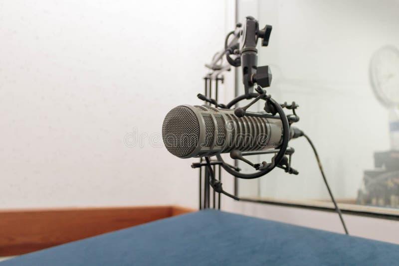 Microfone, metal velho mic imagens de stock