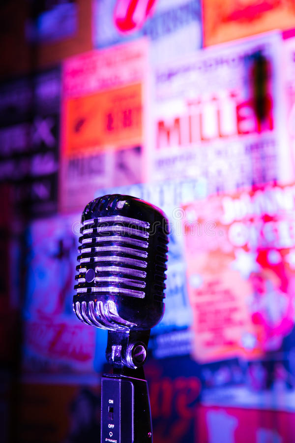 Microfone retro Jazz Club fotografia de stock royalty free