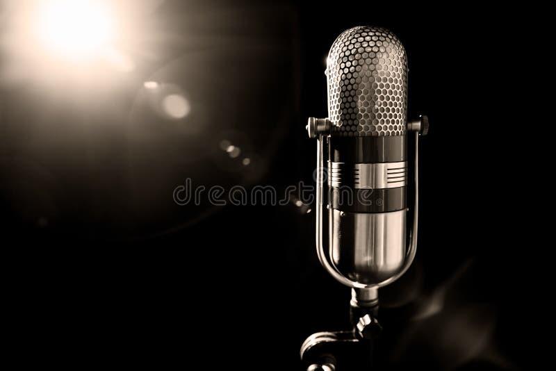 Microfone velho imagem de stock royalty free