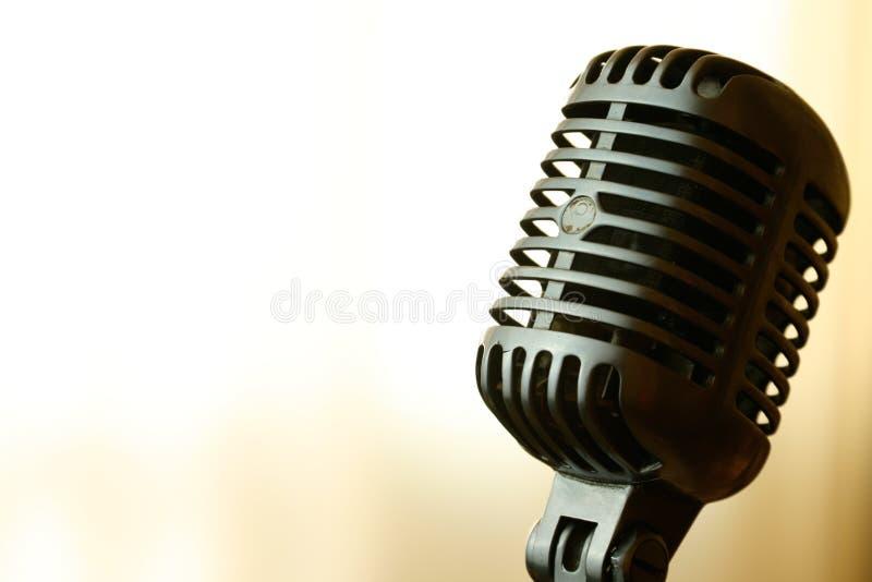 Microfono dell'annata immagini stock