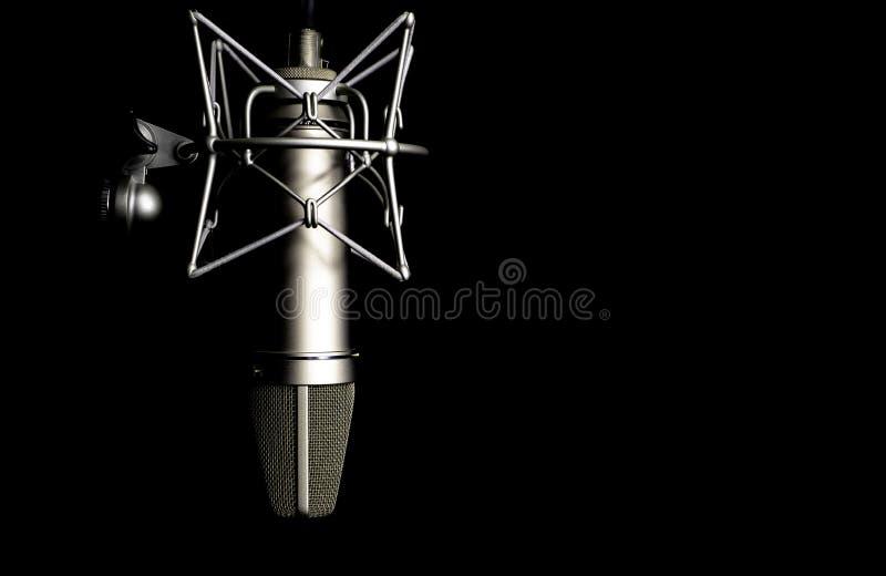 Microfoondetail in muziek en geluidsopnamestudio, zwarte achtergrond, close-up royalty-vrije stock afbeelding