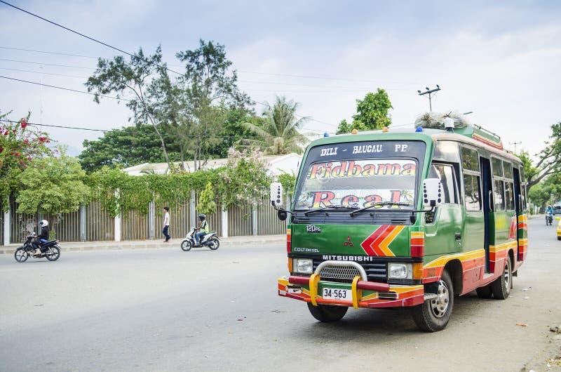 Mehrzweckfahrzeugbus in Dili Osttimor lizenzfreie stockfotografie