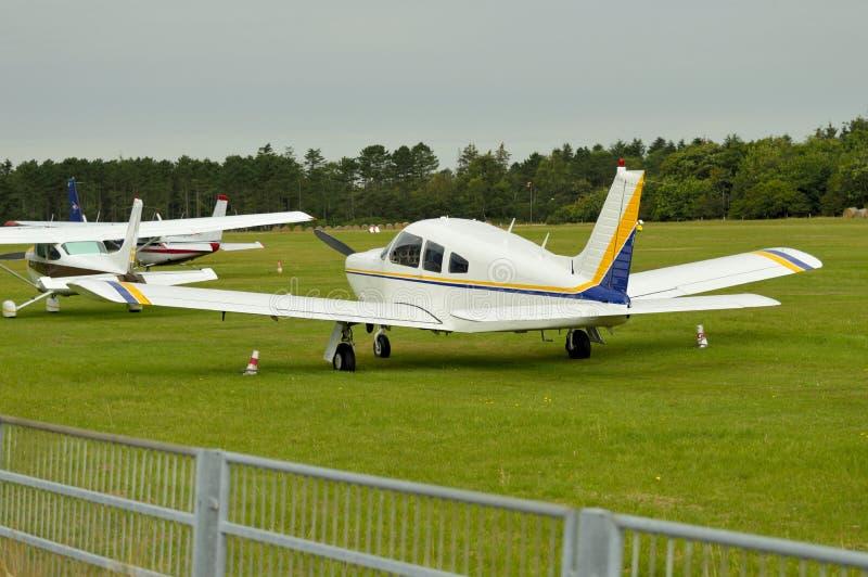 Microlight samolot przy lotniskiem zdjęcie stock