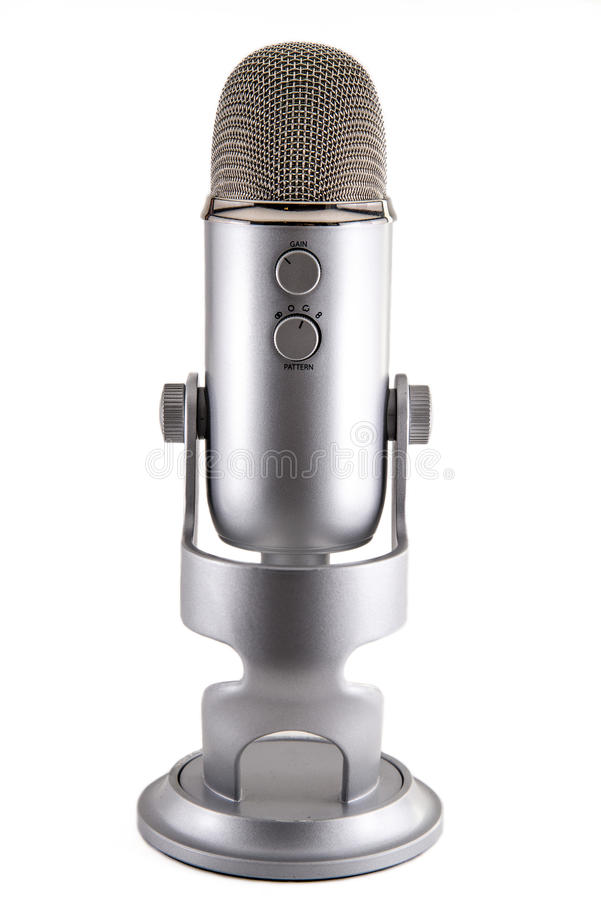 Microphone de condensateur bleu de Podcast de yeti photos stock