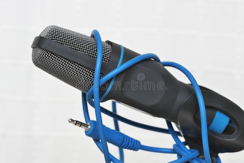 Microphone de condensateur pour le bruit de enregistrement photos stock