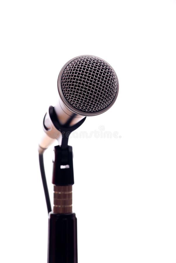 Microphone sur le blanc photos stock