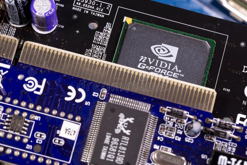 Microplaqueta de NVIDIA GeForce e PWB da placa de circuito impresso imagem de stock