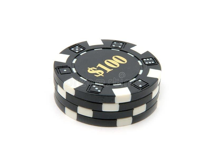 Microplaquetas $100 do casino. fotos de stock royalty free