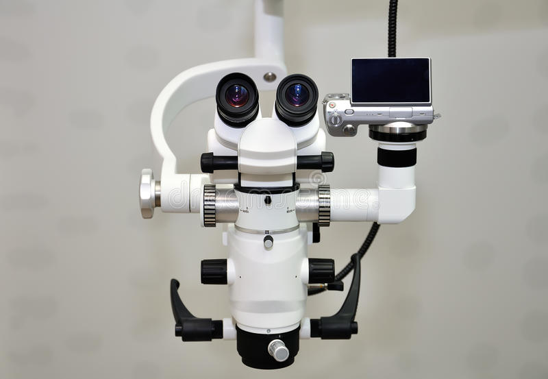 Microscópio foto de stock