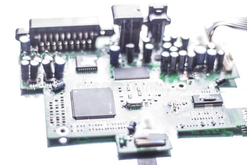 Microschakeling, computerraad, bewerker op een witte achtergrond royalty-vrije stock afbeelding