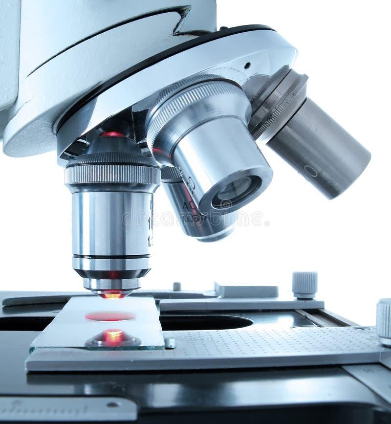 Download Microscoop stock foto. Afbeelding bestaande uit laboratorium - 12845406