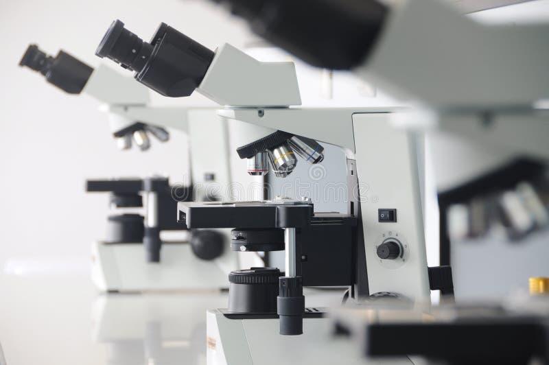 Microscope photo libre de droits
