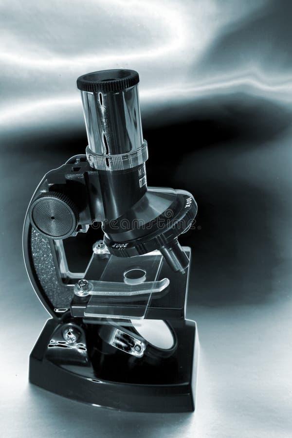 Download Microscope image stock. Image du expérience, métaphore - 4350335