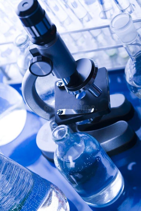 Download Microscope image stock. Image du recherche, flacon, acide - 8669775