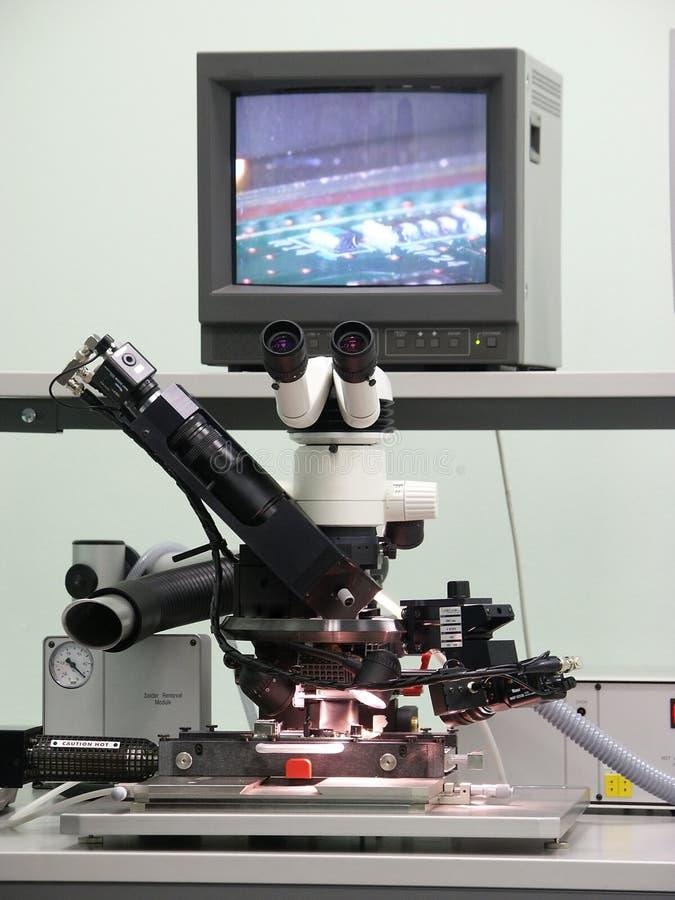 Microscopio electrónico fotos de archivo libres de regalías