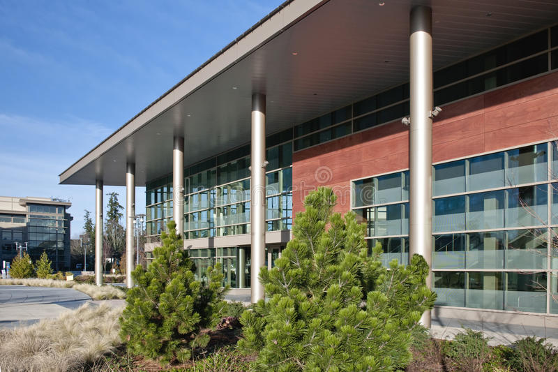 Microsoft-Campusgebäude lizenzfreies stockfoto