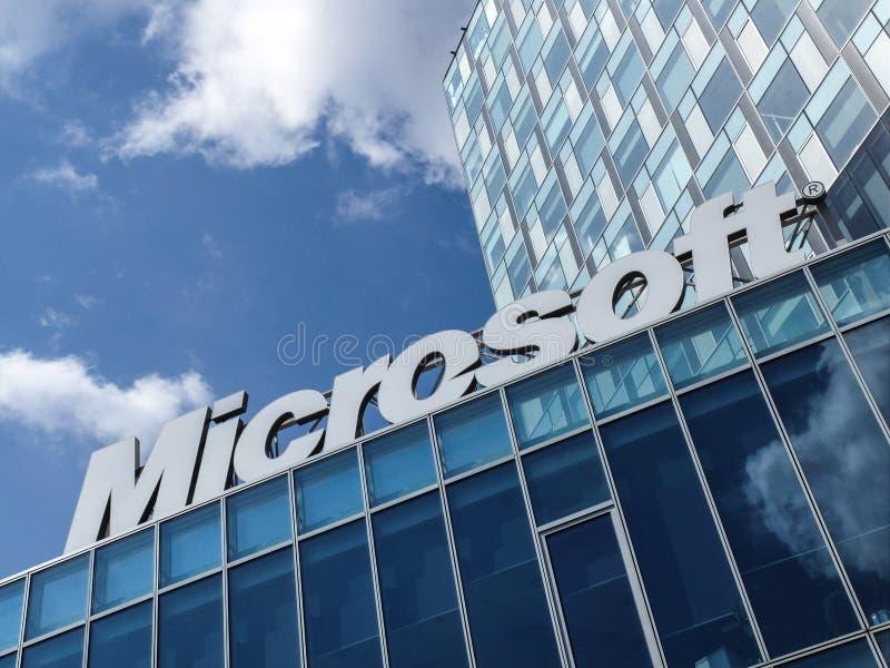 Microsoft kontorsbyggnad royaltyfri foto