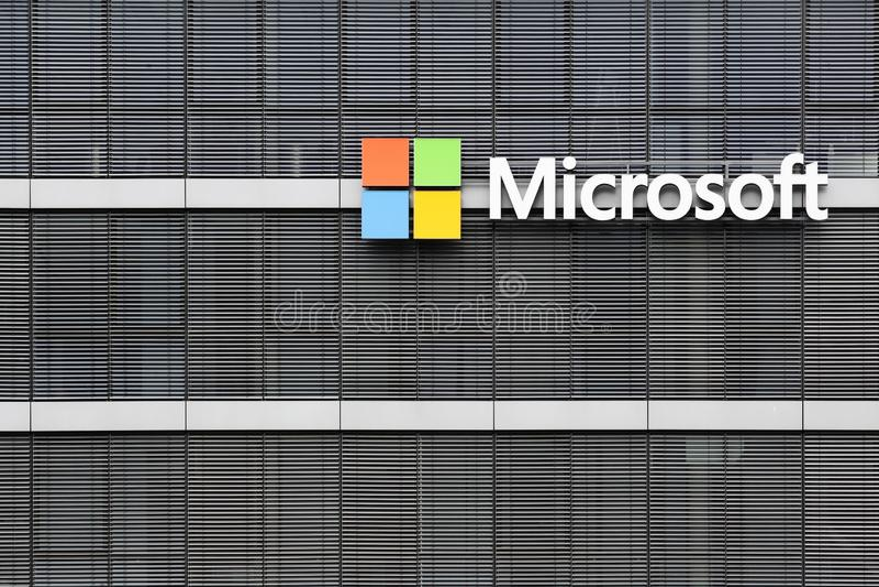 Microsoft kontorsbyggnad i Cologne, Tyskland arkivbild