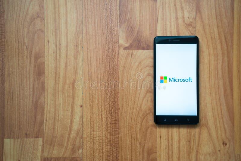 Microsoft op smartphone stock foto's