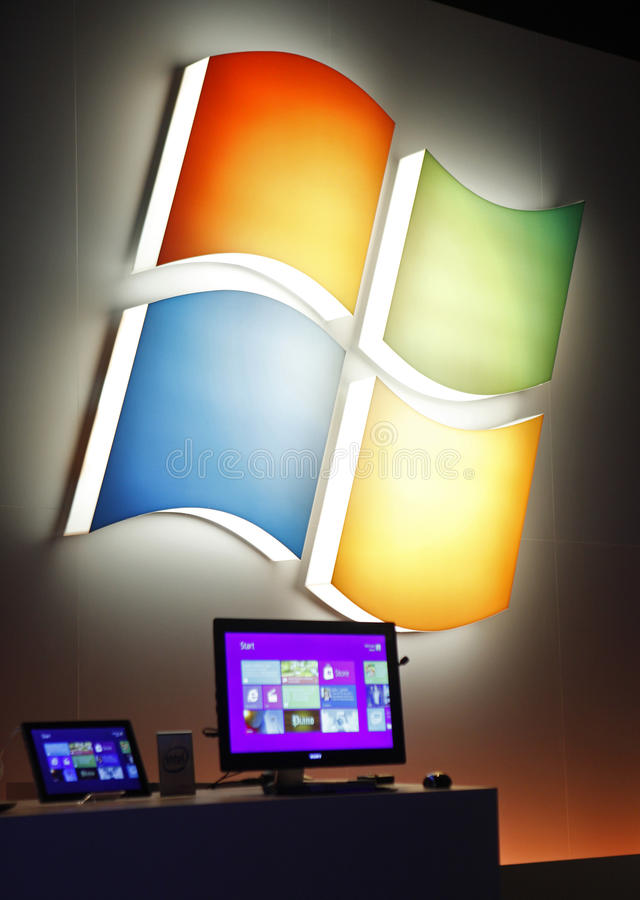 Free Microsoft Previews Window 8 Royalty Free Stock Images - 19739999