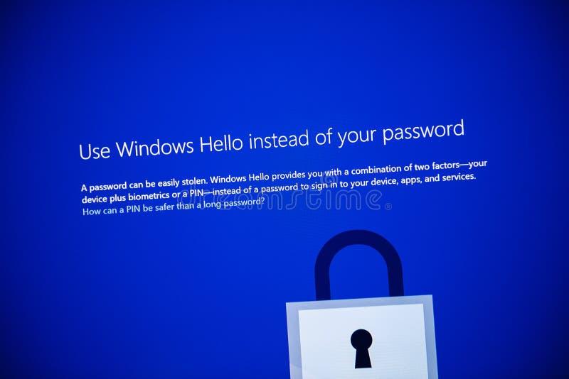 Microsoft Windows 10 υπέρ παράθυρα χρήσης εγκαταστάσεων γειά σου στοκ φωτογραφία με δικαίωμα ελεύθερης χρήσης