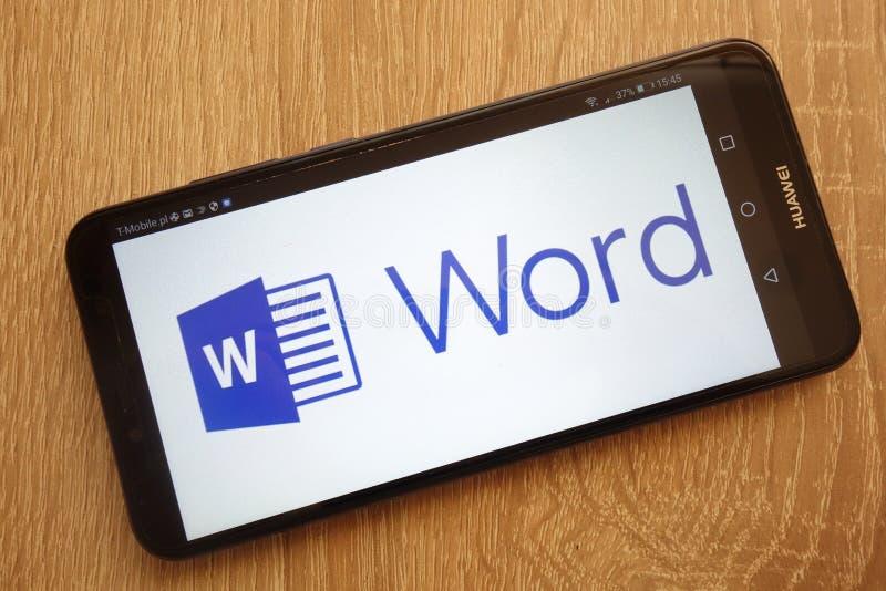 Microsoft Word-embleem op een moderne Huawei-smartphone wordt getoond die royalty-vrije stock afbeelding