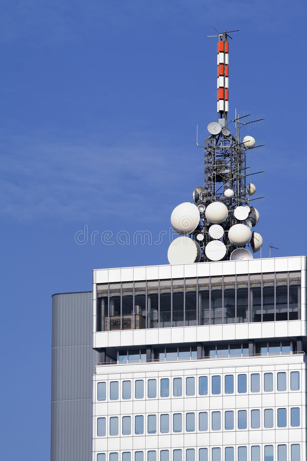 Free Microwave Antennae On Building Top Stock Photos - 1490313
