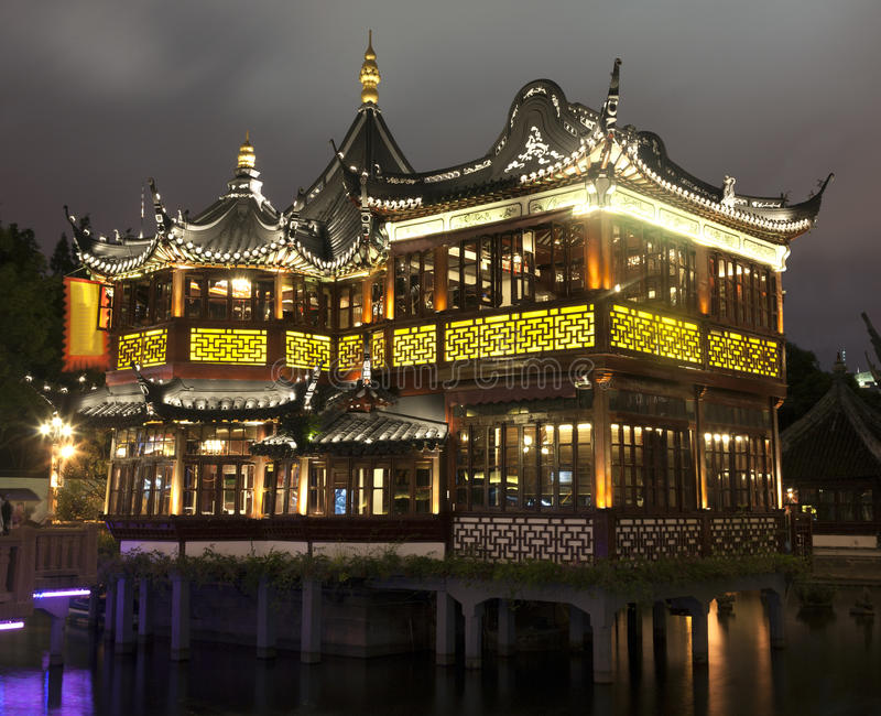 Mid-Lake Pavilion in Yu Yuan Garden stock photos