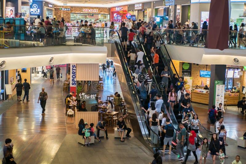Mid Valley Megamall é um shopping localizado em Mid Valley City, Kuala Lumpur fotos de stock royalty free