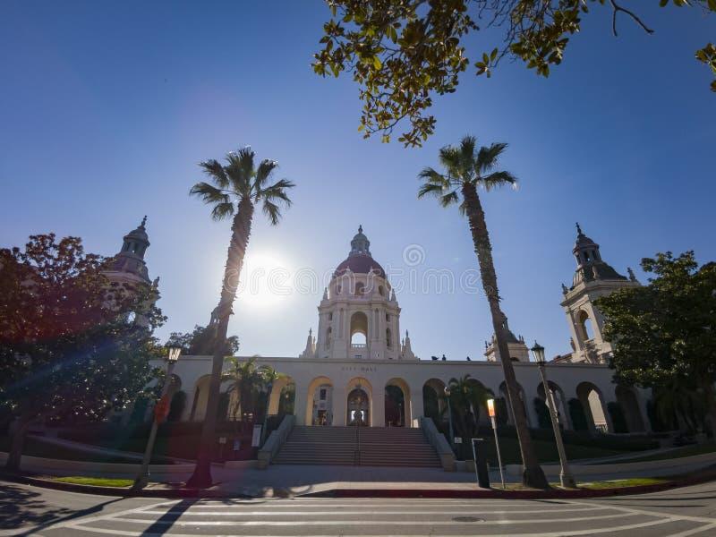 Middagmening van het mooie Stadhuis van Pasadena in Los Angeles, Californië stock fotografie