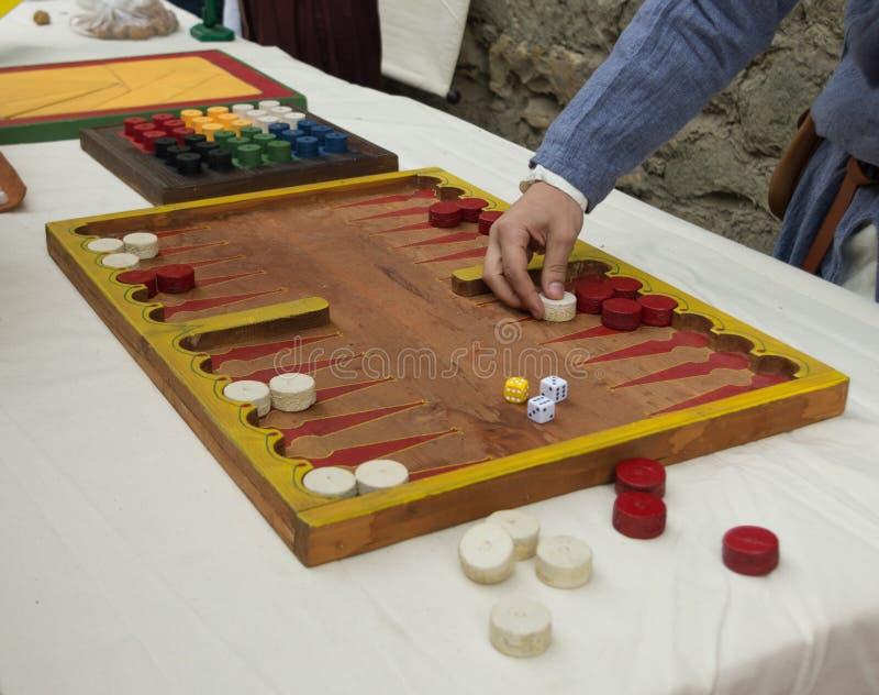 Download Middeleeuws gokken stock foto. Afbeelding bestaande uit wijnoogst - 39105418