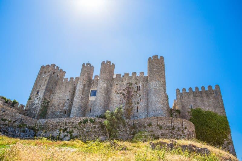 Middeleeuws kasteel in het Portugese dorp van Obidos/-Kasteelvesting Portugal stock afbeelding