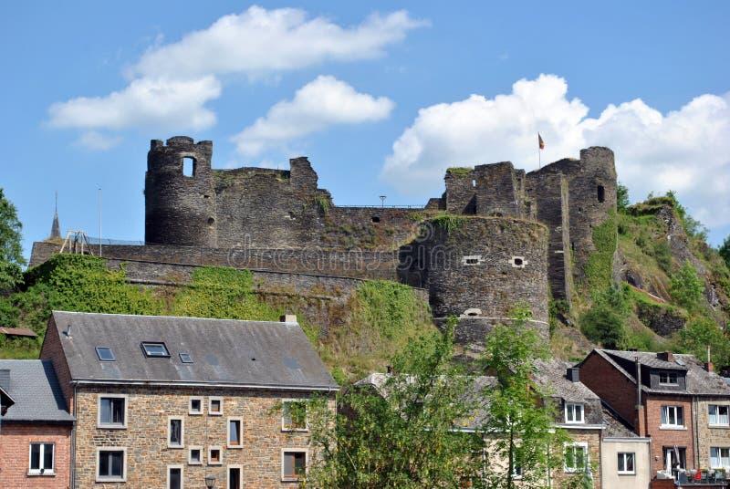 Middeleeuws kasteel La Roche Engelse Ardennen stock fotografie