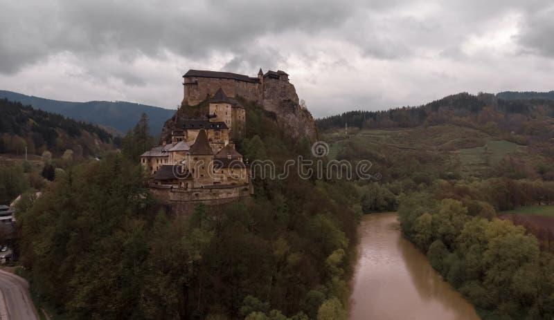 Middeleeuws Orava-Kasteel - Slowakije royalty-vrije stock afbeeldingen