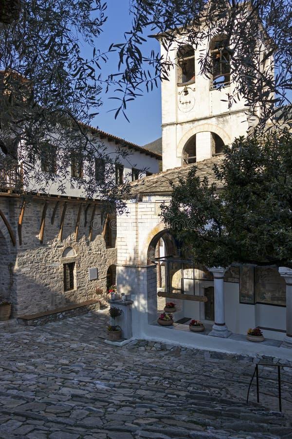 Middeleeuws Orthodox Klooster van Timiou Prodromou St John de Doopsgezinde dichtbijgelegen stad van Serres, Griekenland stock afbeelding