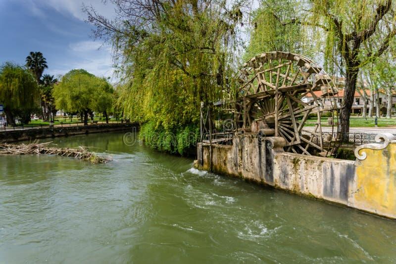 Middeleeuws waterrad Tomar portugal stock afbeelding
