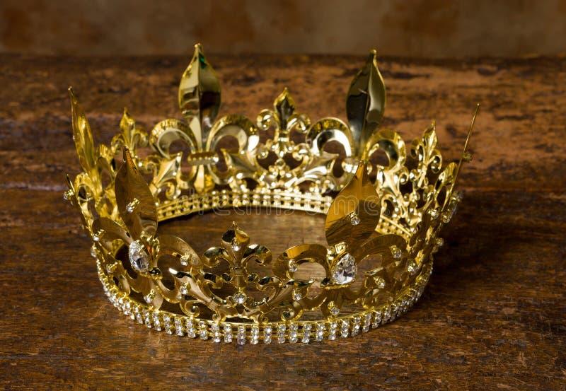 Middeleeuwse crown stock afbeelding