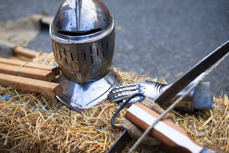 Middeleeuwse helm stock afbeeldingen