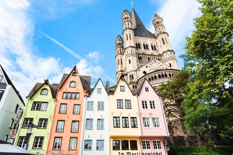 Middeleeuwse huizen op Fischmarkt-gebied in Keulen royalty-vrije stock foto's