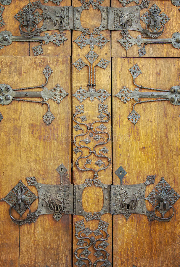 Middeleeuwse kastdeur royalty-vrije stock fotografie