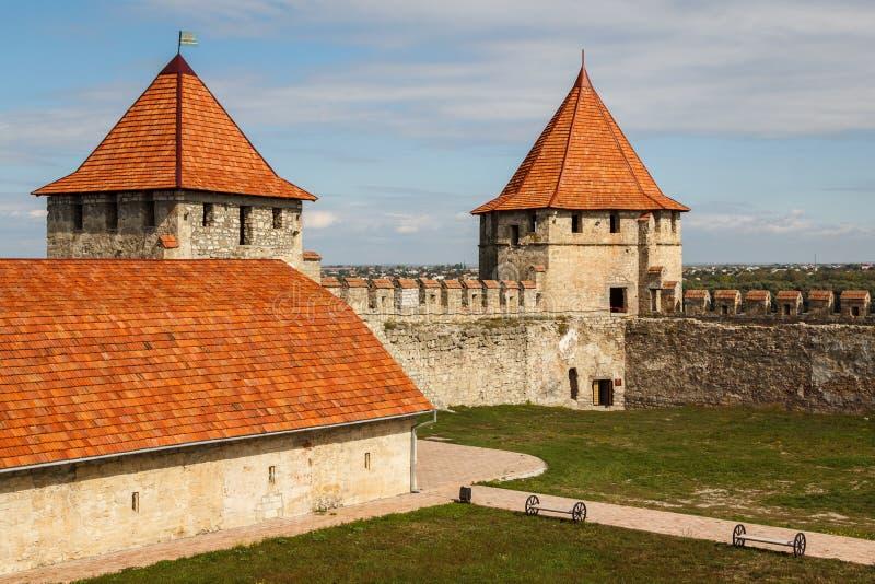 Middeleeuwse kasteelruïnes in Buigmachine, Transnistria stock afbeeldingen