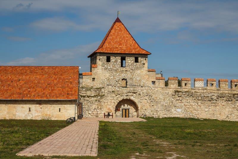 Middeleeuwse kasteelruïnes in Buigmachine, Transnistria stock afbeelding