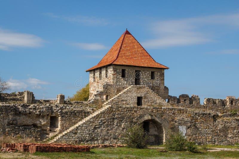Middeleeuwse kasteelruïnes in Buigmachine, Transnistria stock foto's