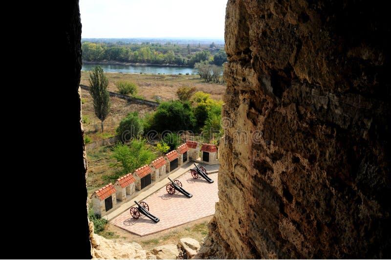 Middeleeuwse kasteelruïnes in Buigmachine, Transnistria, Moldavië royalty-vrije stock foto's