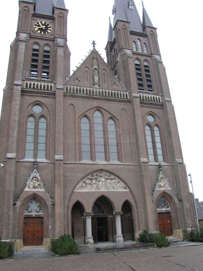 Middeleeuwse kerk in Nederland stock afbeeldingen